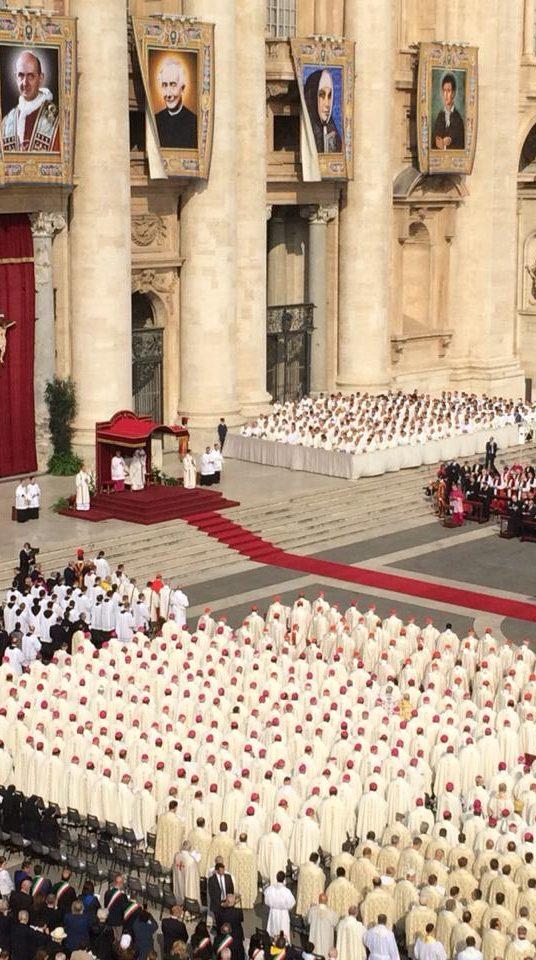 Roma: Fotos y Videos Canonización San Óscar A. Romero