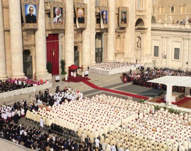 Santa Misa y Canonizaciones